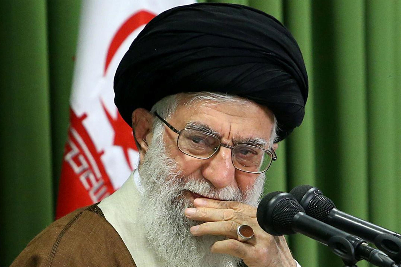 Aiatolá Khamenei diz que ataque do Irã foi 'tapa na cara' dos EUA